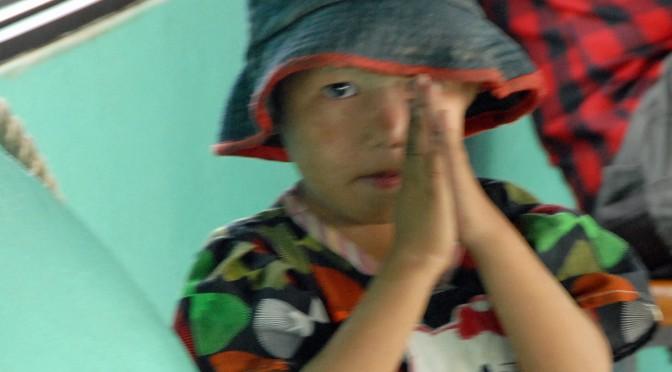 thai-toddler-in-traditional-thx